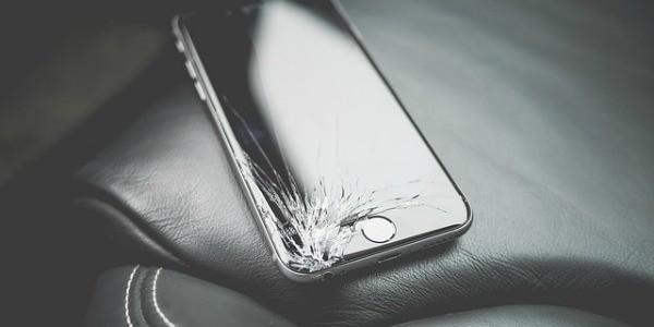kapotte-smartphone
